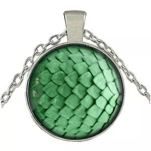 Other - Dragon Egg Tibet Silver Glass Cabochon Necklace